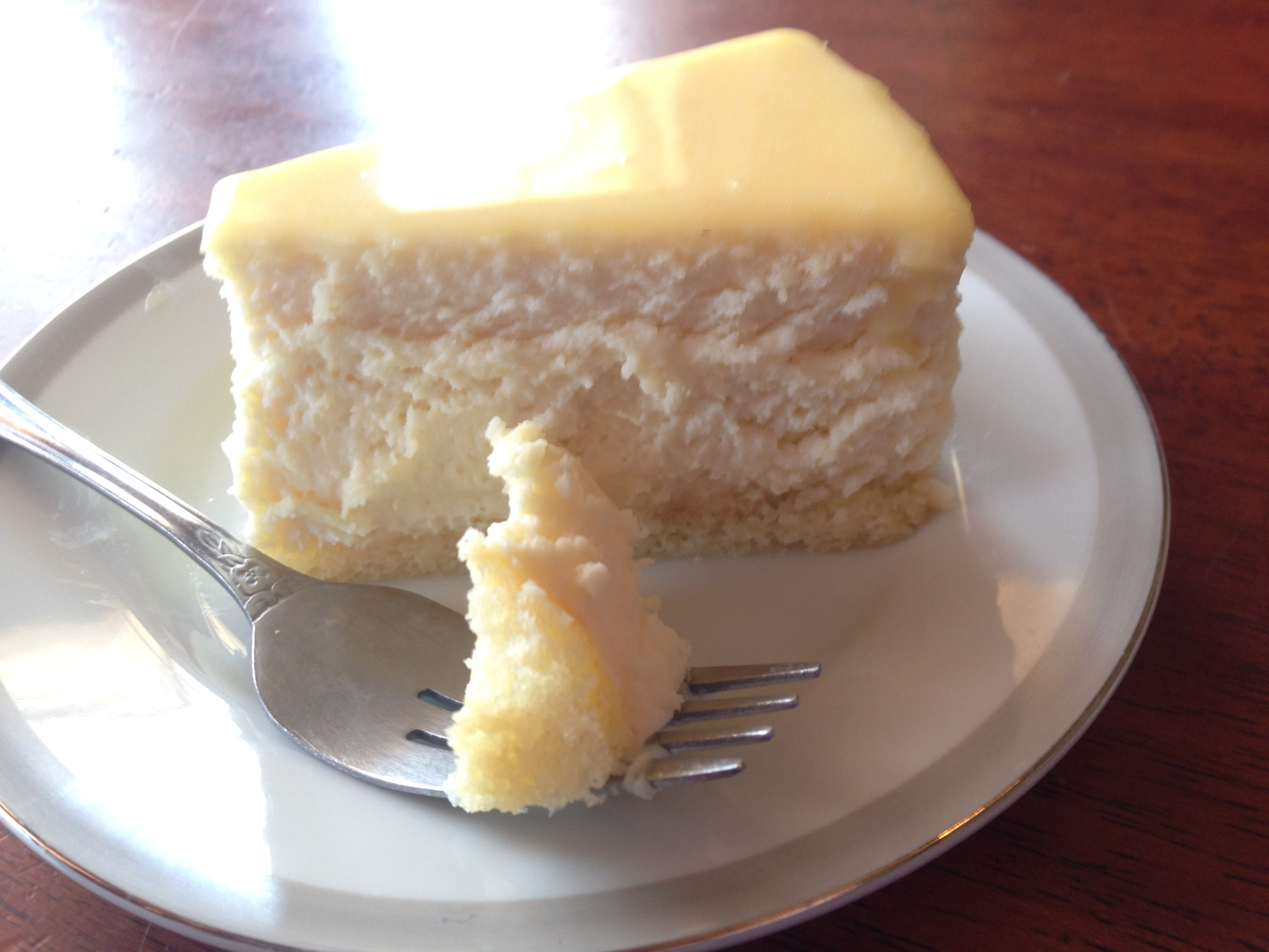Home / Menu /Shop / Cheesecakes / Lemon Cheesecake