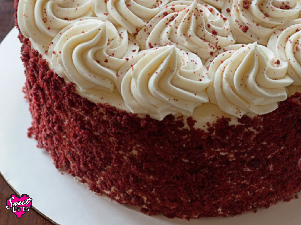 Close up of a frosting red velvet cake